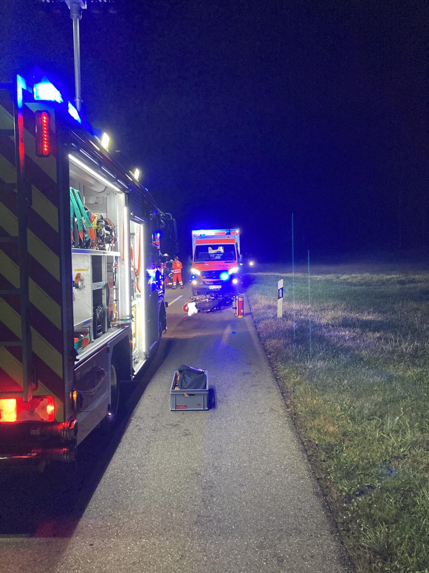 Ein Motorradfahrer kollidierte auf der Ortsverbindungsstraße Prettelshofen-Rieblingen mit einem Reh und wurde dabei verletzt. Alarmierung: 24.09.2020, 4.50 Uhr